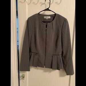 Tahari ASL Gray Jacquard Skirt Suit